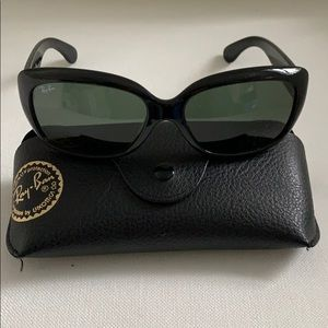 Ray-Ban womens sunglasses with case!